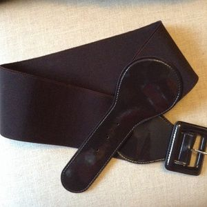 THE LIMITED chocolate brown wide stretch belt M